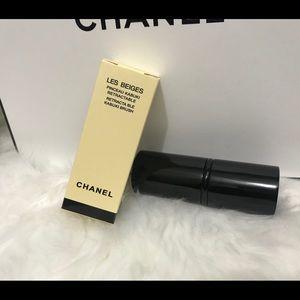 Les Beiges Chanel brush